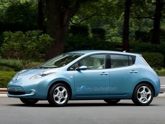 Японцы получат электромобиль от Nissan в декабре