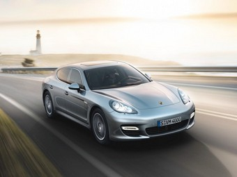"""Компания Porsche отзывает для ремонта все """"Панамеры"""""""