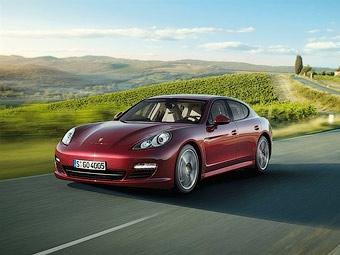 "Porsche покажет ""бюджетную"" версию Panamera в апреле"