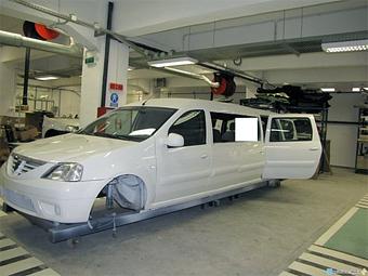 Renault Logan превратили в лимузин