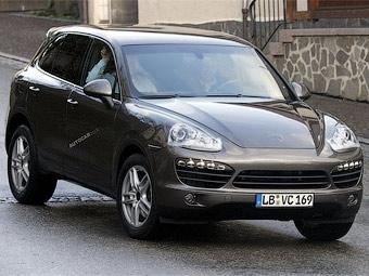Характеристики нового Porsche Cayenne рассекретили за два месяца до премьеры