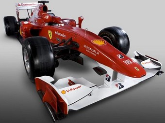 "Команда Ferrari представила новый болид ""Формулы-1"""