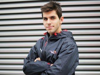 """Команда """"Формулы-1"""" Toro Rosso подтвердила контракт с Альгерсуари"""