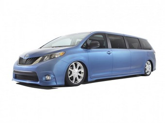 Компания Toyota построила лимузин на базе минивэна