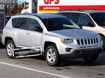 Фотошпионы полностью рассекретили новый Jeep Compass