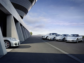 Компания Porsche отложила запуск в серию двух новых моделей