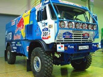 """Команда """"КАМАЗ-Мастер"""" показала новый гоночный грузовик"""