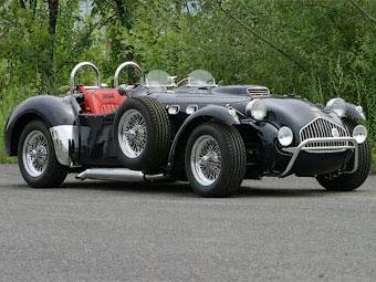 Канадцы решили продавать в Великобритании классический британский спорткар
