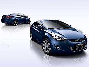 Появилось первое изображение интерьера новой Hyundai Elantra