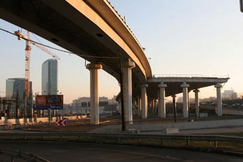 За четыре года в Москве построят 54 километра новых дорог