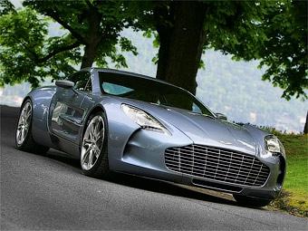 Десять эксклюзивных суперкаров Aston Martin попали в одни руки