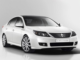 Преемника седана Renault Vel Satis покажут в Москве