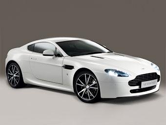 Aston Martin показал облегченную версию суперкара V8 Vantage