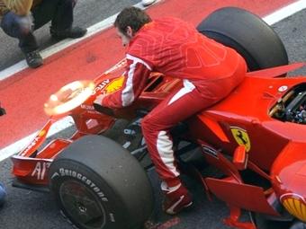 Валентино Росси готов перейти в Формулу-1