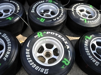 Команды Формулы-1 попросили Bridgestone остаться в чемпионате