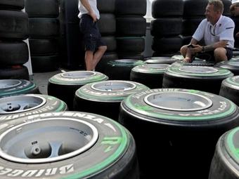 Компания Bridgestone выбрала шины на семь ближайших гонок