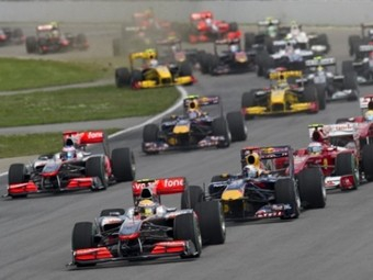 Пилоты McLaren сделали второй дубль подряд