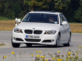 """Трешка"" BMW доехала от Великобритании до Германии и обратно на одном баке"