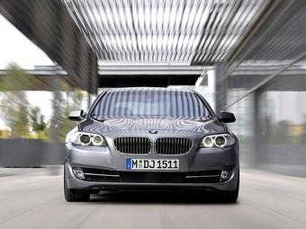 Компания BMW стала лидером премиум-сегмента