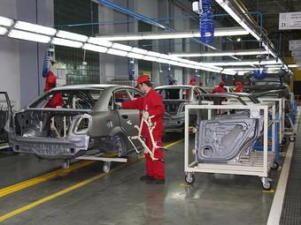 Производство автомобилей в России увеличилось в полтора раза