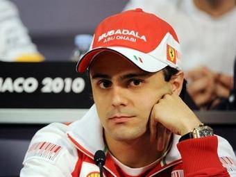 Гонщик Ferrari начал переговоры с другими командами
