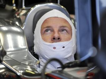 Команда Формулы-1 Red Bull не захотела менять Уэббера на Баттона