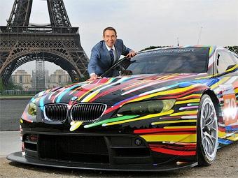 """В Париже представили гоночный """"арт-кар"""" BMW"""