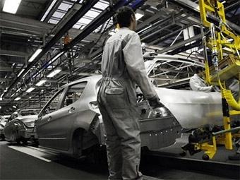 Peugeot и Citroen будут выпускать конкурента Renault Logan в Испании