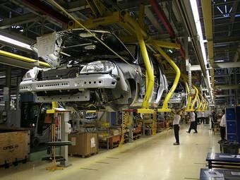 "Завод ""GM-АвтоВАЗ"" остановит производство на две недели"