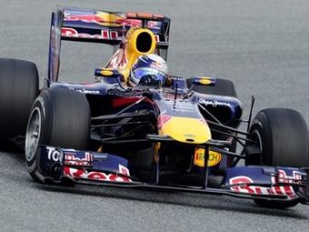 Гонщики Red Bull доминировали на второй сессии свободных заездов