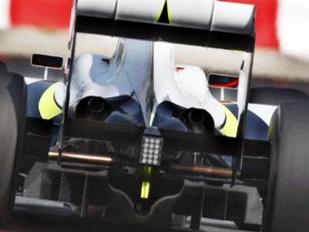 В 2011 году болиды Формулы-1 поедут на 2 секунды медленнее