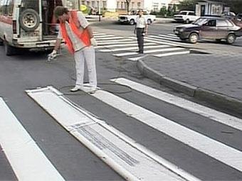 На московские дороги нанесут безопасную разметку