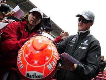 На свободных заездах в Испании Михаэль Шумахер показал третье время