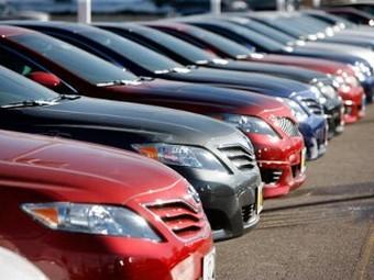 Концерну Toyota грозит запрет на продажу гибридов в США