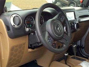 Рестайлинговый Jeep Wrangler получит новый интерьер