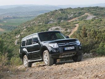 В России начались продажи самого доступного Mitsubishi Pajero