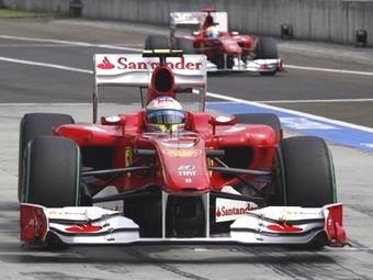 Болиды команды Формулы-1 Ferrari оказались самыми надежными