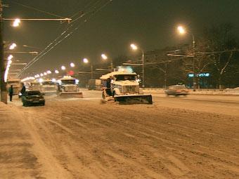 Центр Москвы перекроют для уборки снега с дорог