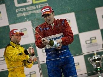 Вальсекки выиграл второй этап GP2 Asia в Абу-Даби