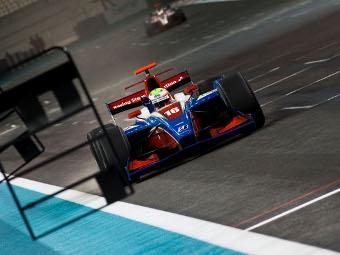 Пилоты iSport сделали дубль на втором этапе GP2 Asia в Абу-Даби