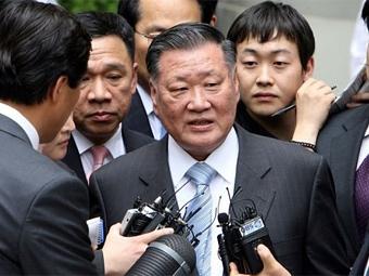 Шеф Hyundai Motors компенсирует компании свои управленческие ошибки