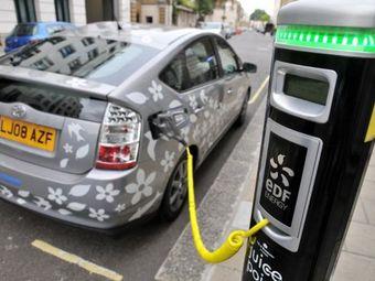 Британцам заплатят по 5000 фунтов за покупку экологически чистых автомобилей