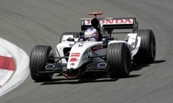 Пилоты Honda стали лучшими на свободных заездах Формулы-1 в Мельбурне