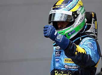 Гран-при Малайзии завершился дублем пилотов Renault