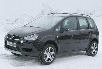 Ford готовит внедорожную версию модели C-Max
