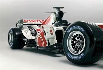 Болиды Honda и Renault получат новые моторы