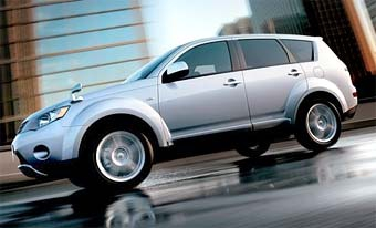 Mitsubishi Outlander стал самым продаваемым внедорожником Японии