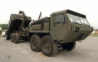 Oshkosh построил тяжелого военно-транcпортного робота