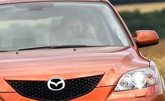 """""""Горячую"""" Mazda3 покажут в Женеве"""