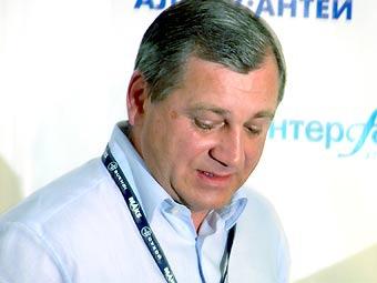 Роспром предлагает создать единого национального автопроизводителя